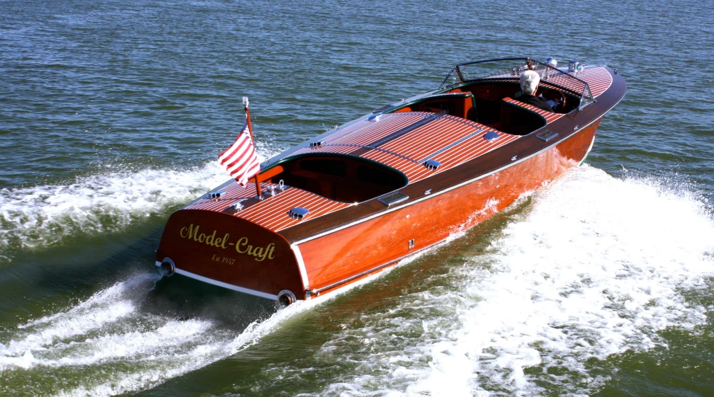 classic wooden powerboats